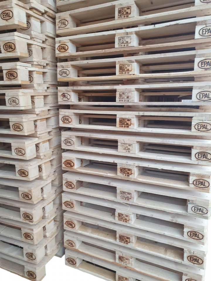 Paleți din lemn
